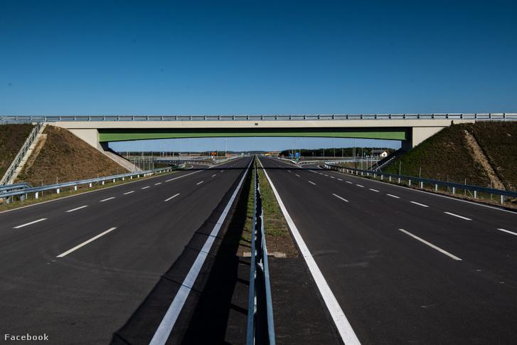 AZ M44 gyorsforgalmi út