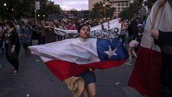 Egymillióan tüntettek Chilében
