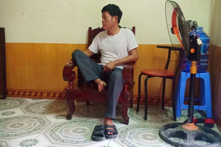 A 26 éves Pham Thi Tra My édesapja a vitenami Ha Thin tartományban lévő otthonában 2019. október 26-án. A család attól tart, hogy a Tra My is az áldozatok között van.