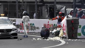 Verstappené a pole Mexikóban, Bottas összetörte a kocsiját