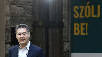Horváth Csaba visszavonta módosító javaslatát, miközben lehazugozta az Átlátszót