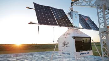 Lepottyant a Samsung űrszelfiző műholdja
