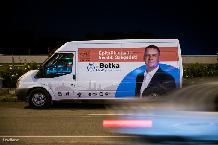 Botka az idei önkormányzati választáson nem pártszínekben indult, hanem az Összefogás Szegedért Egyesület jelöltjeként