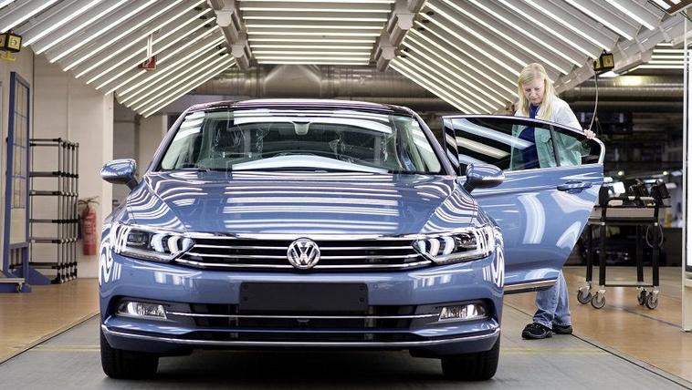 Törökország helyett Szlovákiába költözhet a VW Passat