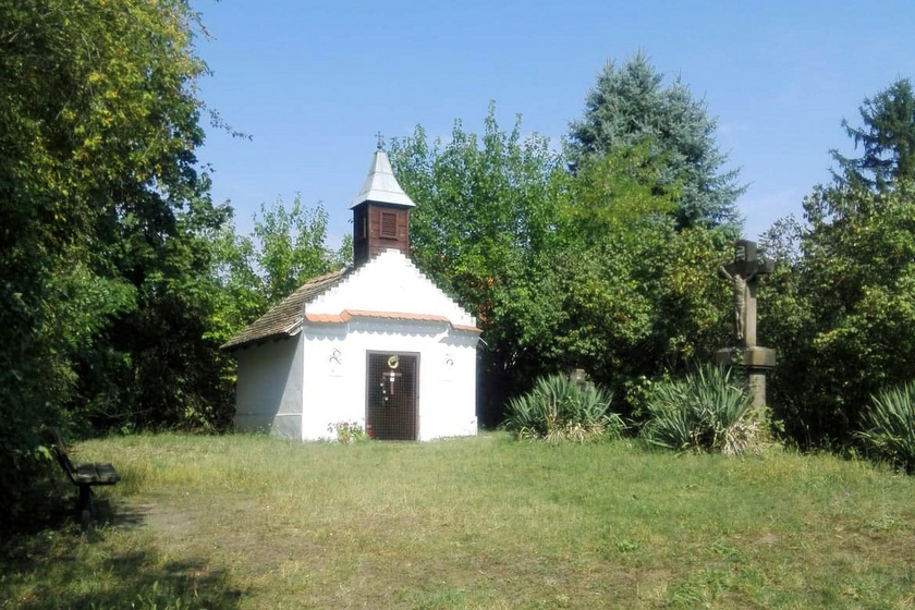 kisoroszi kápolna kálvária domb