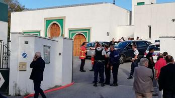 84 éves bevándorlásellenes férfi lövöldözött egy francia mecsetnél