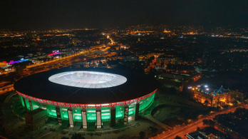 Szitkozódnak a szurkolók, akik be akartak jutni az új Puskás Stadionba