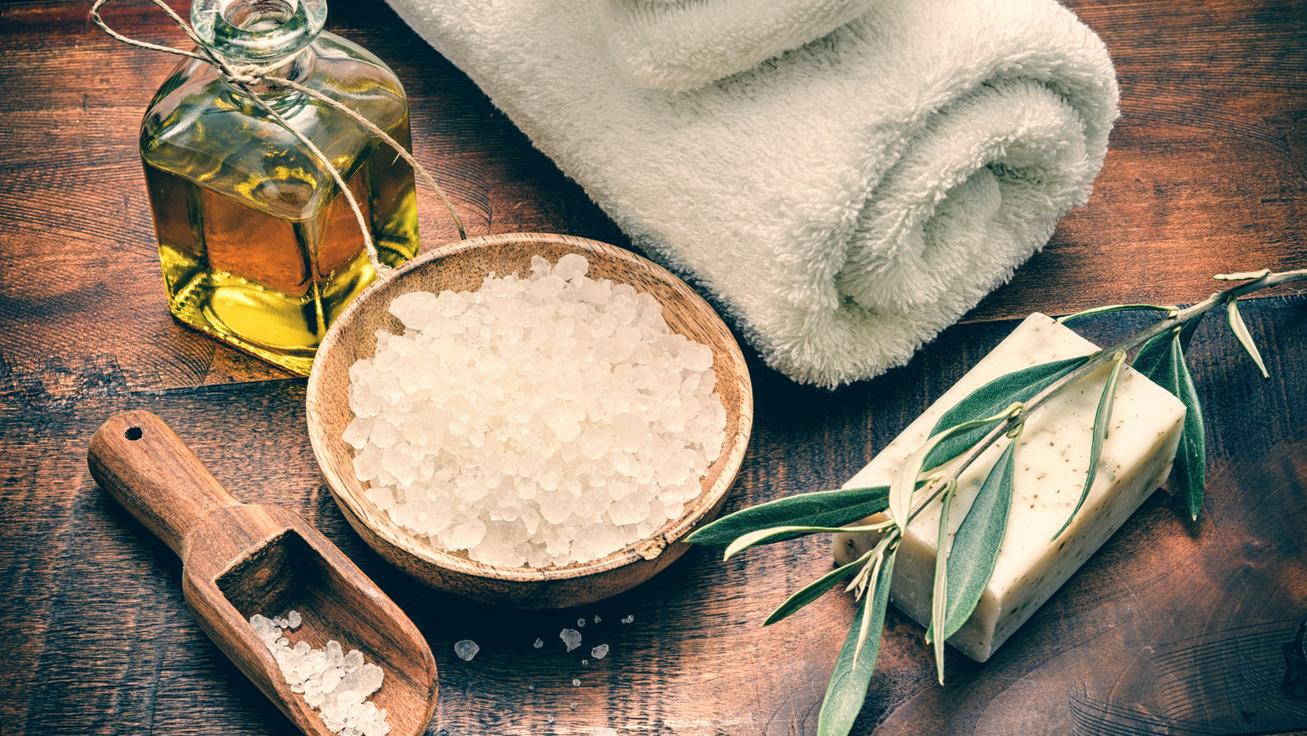 3 házilag készült fürdősó a hideg téli estékre - Olcsón elkészítheted, és a bőrödet is nyugtatja