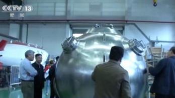 Kína megépítette a világ legnagyobb embert szállító merülő járművét
