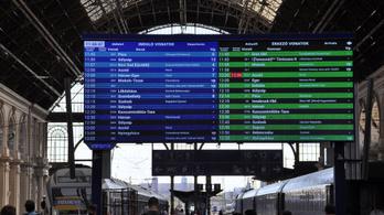 Leszakadt egy felsővezeték, késnek a Budapest-Cegléd vonatok