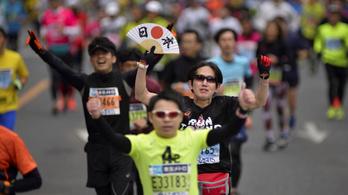 A tokiói kormányzó is beszállt az olimpiai maraton vitájába