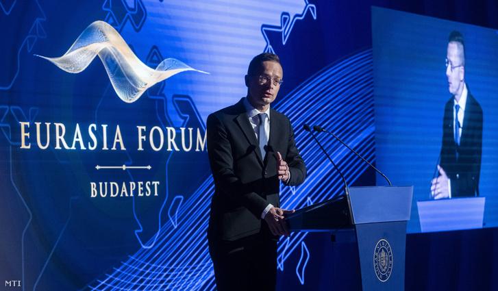 Szijjártó Péter a Magyar Nemzeti Bank rendezésében tartott Eurázsia Fórumon a Hilton Budapest Hotelben 2019. október 30-án
