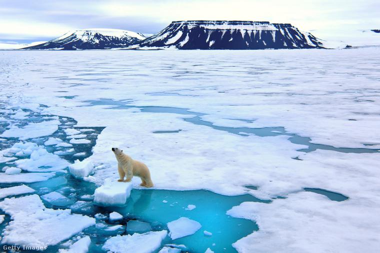 Jeges szigetvilágA Spitzbergák egy szigetcsoport Norvégia és az Északi-sark között
