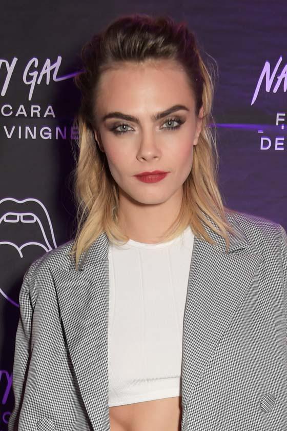 A tizedik legszebb arcú nő az aranymetszés szabályai szerint a 27 éves modell, Cara Delevingne lett, akinek tökéletességi mutatója a 89,99%-ot érte el.