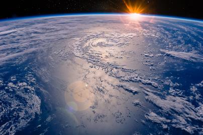 légköri gravitáció nyitó