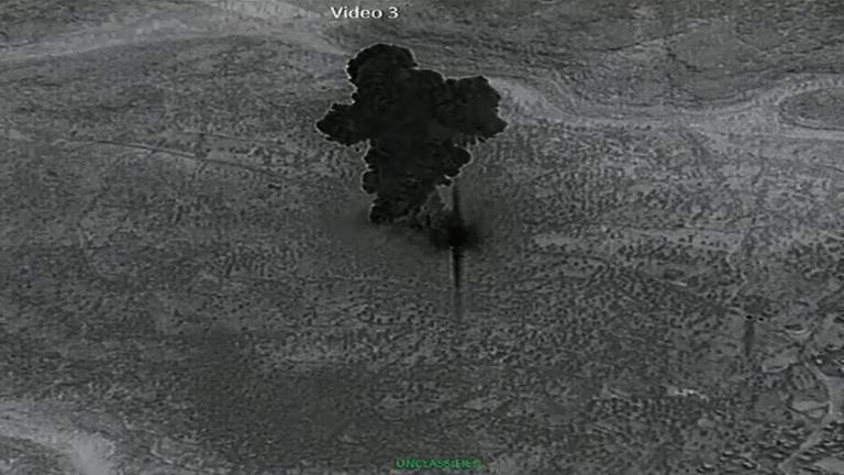 Közzétették a videót al-Bagdadi öngyilkos robbantásáról