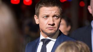 Jeremy Renner exfelesége szerint a színész halálosan megfenyegette, és a plafonba lőtt közös kislányuk szeme láttára