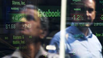Hiába a botrányok, a Facebook továbbra is izzadja a pénzt