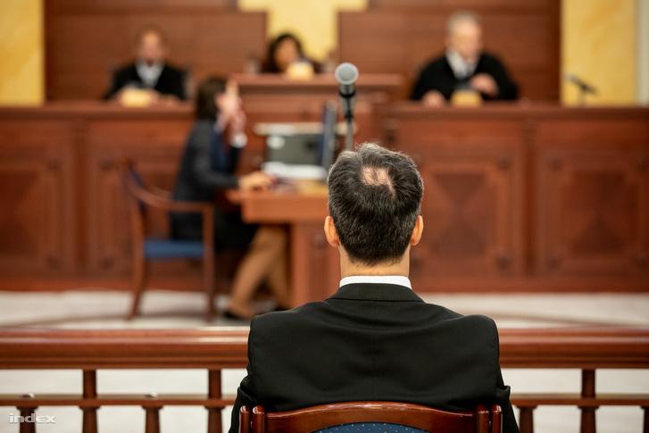 A lúgos orvos (B. Krisztián) ügyének tárgyalása 2018. július 12-én