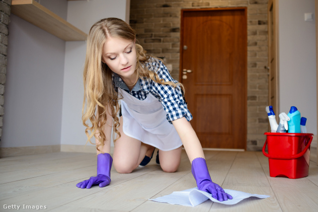 A takarításnál felülről lefelé haladj, vagyis a padlót hagyd utoljára