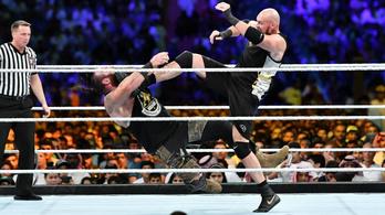 Tyson Fury látványos meccsen mutatkozott be pankrátorként