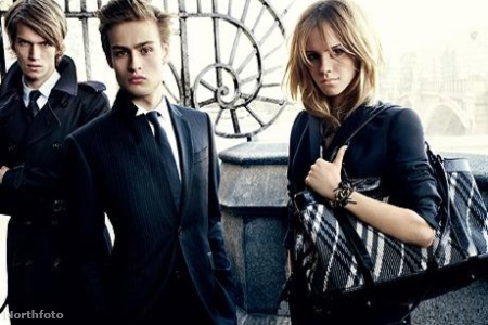 Emma Watson a Burberry kampányában