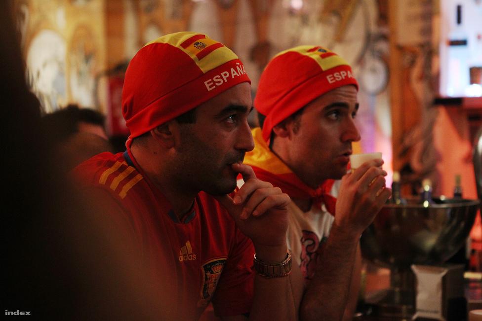 Nem kezdtek úgy a spanyolok, ahogy a világot négy éve verő csapattól elvárható.