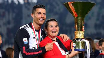 Ronaldo anyja szerint fia a futballmaffia miatt nem nyer újabb díjakat