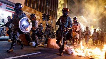 Ahogy leszáll az éj, Hongkong belvárosa csatatérré válik