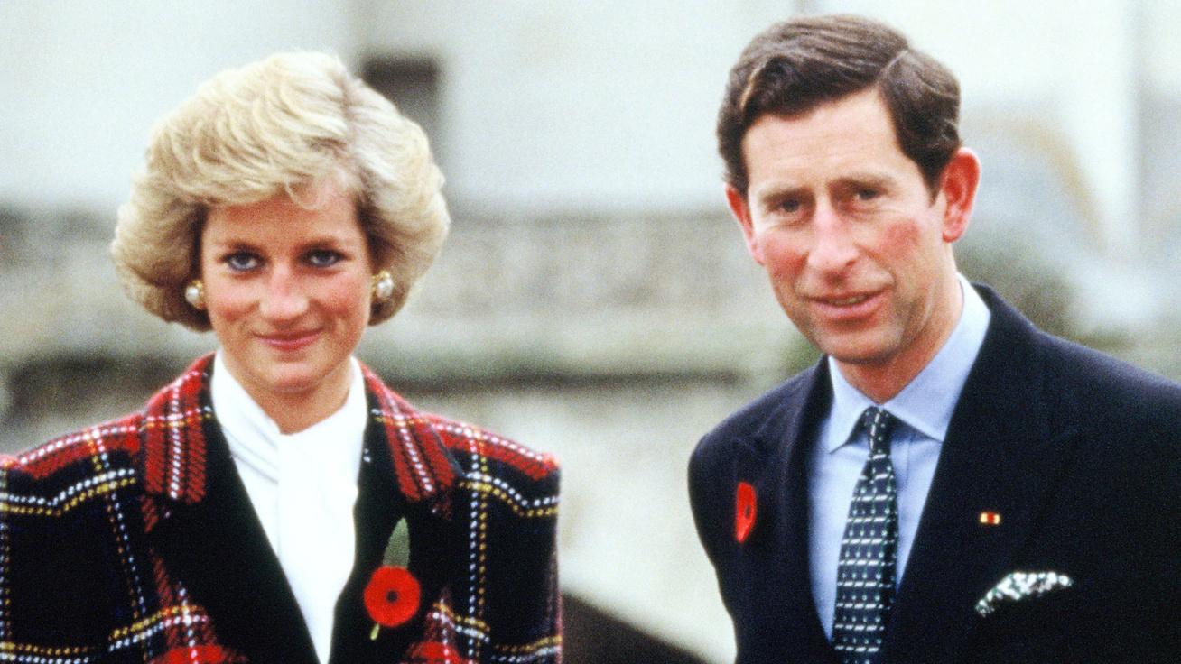Károly herceg bántó dolgot vágott Diana fejéhez, miután Harry megszületett - Egy bennfentes árulta el