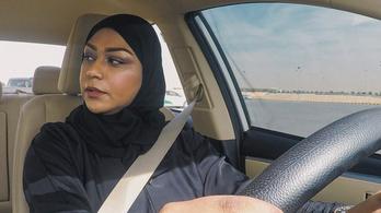 Autót már vezethetnek, de azért irigyelni nem kell a szaúdi nőket