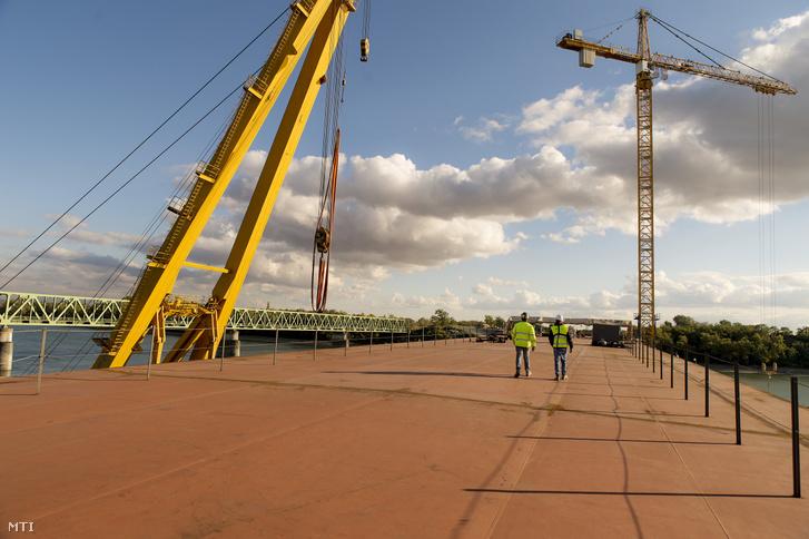Az épülő új komáromi Duna-híd 2018. október 2-án