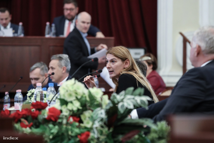 Baranyi Krisztina a Fővárosi Közgyűlés alakuló ülésén a Városházán 2019. november 5-én
