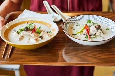Klasszikus thai leves, amellyel otthon is nagy sikert arathatsz - Így készül a kókuszos csirkeleves