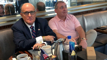 Rudy Giuliani letartóztatott társa hajlandó együttműködni a hatóságokkal