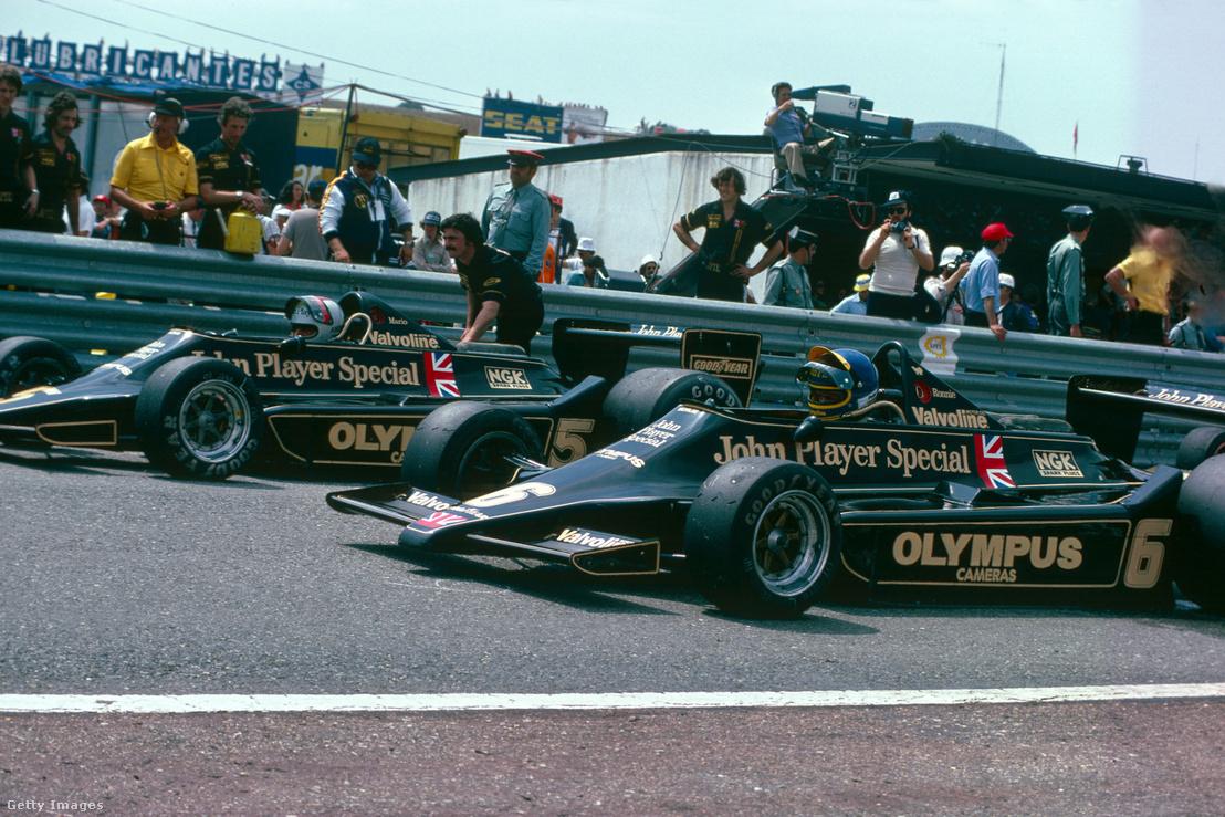 Az első, már teljesen a ground effect kihasználására épült F1-kocsi, a Lotus 79 1978-ben. Az autó a csapatnak és Mario Andrettinek (hátul, az 5-ös autóban) is világbajnoki címet hozott.
