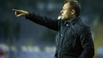 Kirúgta edzőjét Mészáros Lőrinc üzlettársának csapata