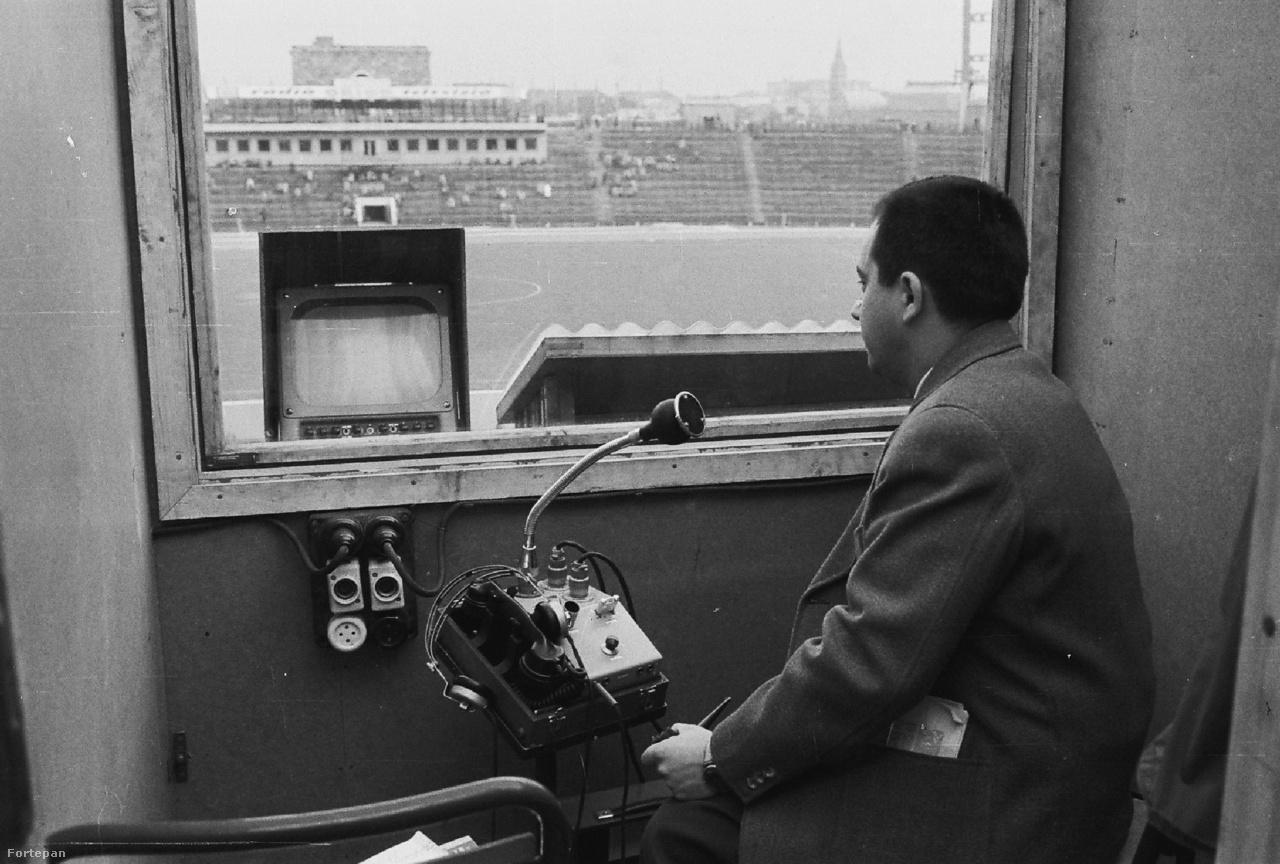 Az új Népstadion nem csak a sportlétesítmények, de a televíziózás és a sportközvetítések terén is úttörő volt. A televíziózás 1957. február 23-án indult el Magyarországon, a Magyar Televízió rendes adásában először 1957 áprilisában, a Népstadionból a Húsvéti Torna focimeccseit (Ferencváros-Partizan Belgrád 1-0, Ferencváros-Vojvodina 1-0) sugározta Szepesi György kommentálásával. Igaz, a kísérleti adás részeként már 1956 tavaszán élőben közvetítettek egy magyar-francia ifi- válogatott meccset is. Az első közvetítés rendezője és gyártásvezetője Rajcsányi Ferenc volt, aki Magyarországon gyakorlatilag egymaga teremtette meg az új szakma alapjait. Ő rendezte első opera, a Bánk bán közvetítését, valamint az első nagy tömeget mozgató rendezvény, az 1957 május 1-i felvonulás adását is. A Népstadionban a labdarúgó mérkőzések közvetítéséhez a kamerák több mint egy évtizedig (a kézi kamerák megjelenéséig) oda kerültek, ahová ő kijelölte a helyüket.