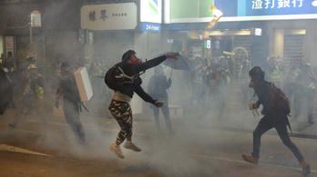 Milliárdokba kerülnek Hongkongnak az öt hónapja tartó tüntetések