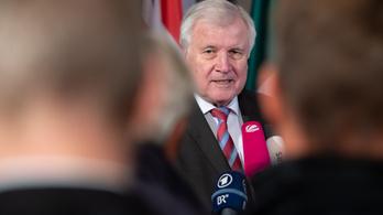 A belügyminiszter is megszólalt Németország legnagyobb menekültbotrányában