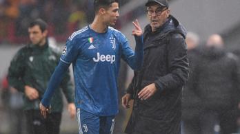 Cristiano Ronaldo se szereti, ha lecserélik, odaszólt, mutogatott