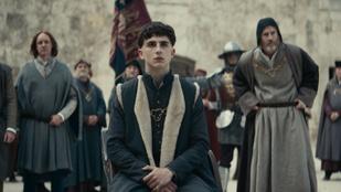 Vérszegény királydráma a Netflixtől