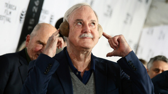 Budapesten lép fel John Cleese