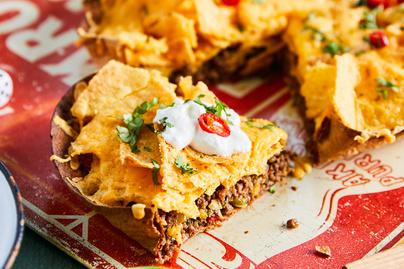Pitetészta tortillából? Ilyen a mexikói sós pite sörös-marhahúsos raguval