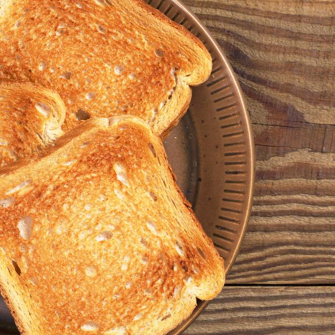 10 szuper feltét, amitől az unalmas piritós igazi gourmet fogás lesz