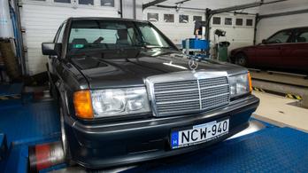 Totalcar Erőmérő: Mercedes 190E 2.5-16