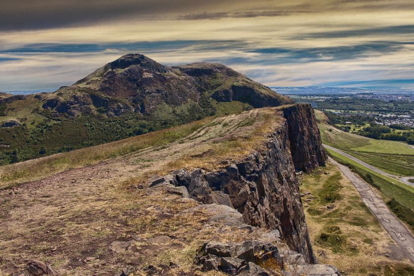 Az Artúr széke hegy Skóciában.