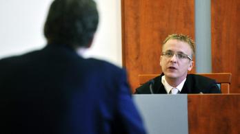 Tiltakozik a bírói egyesület, mert fegyelmit indítottak a bíró ellen, aki az EU-hoz fordult