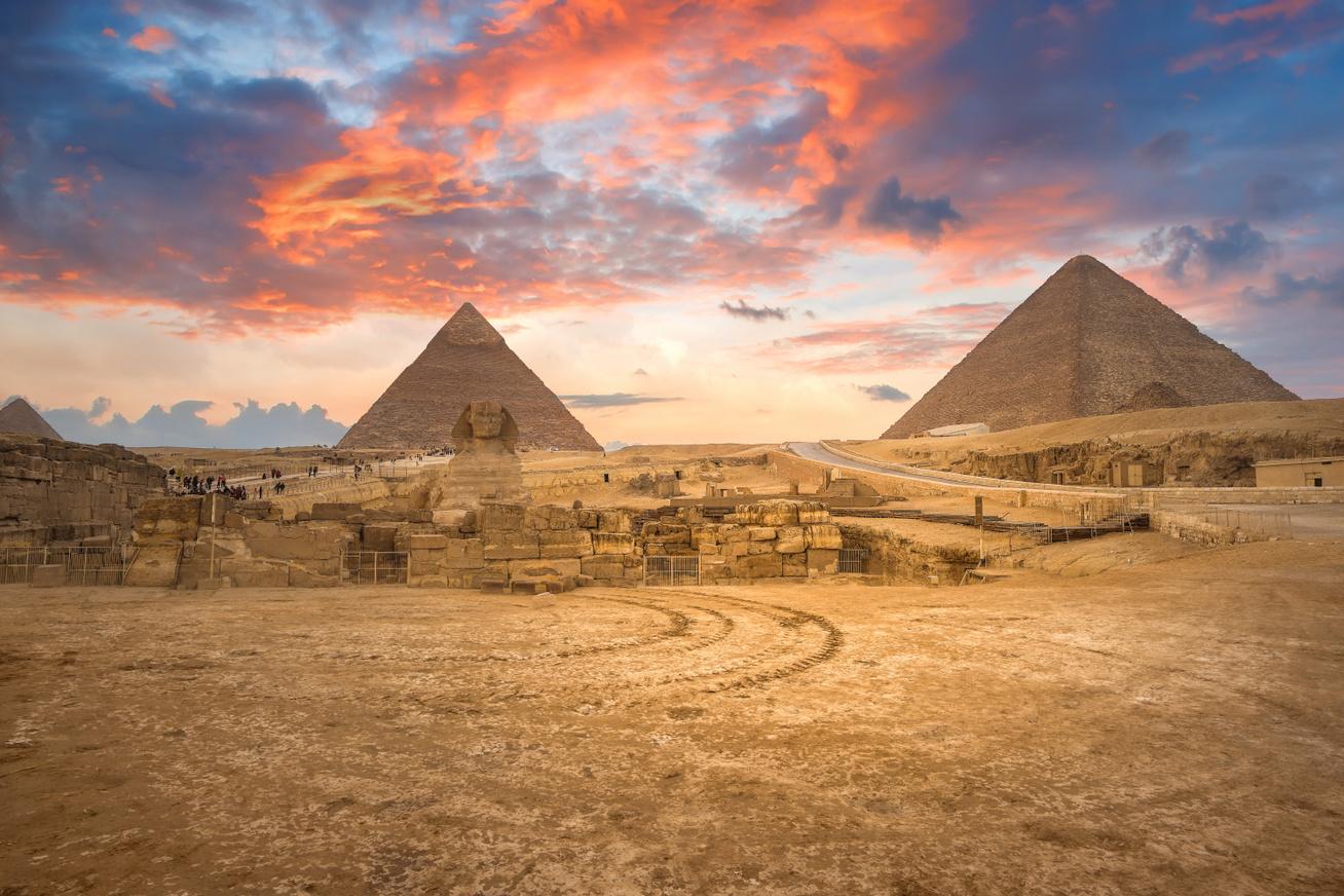 piramisok, egyiptom nyitó
