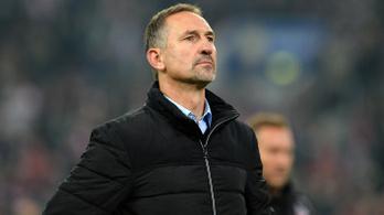 Azonnali hatállyal kirúgta az edzőjét a Köln